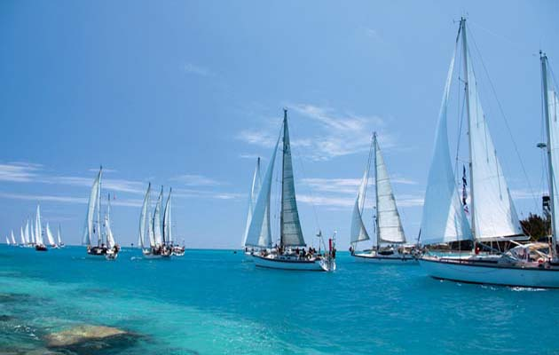 Yachts leaving Bermuda en-route east across the Atlantic.