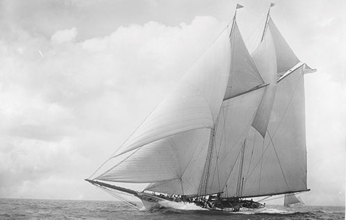 america-50-boats-that-changed-the-way-we-sail