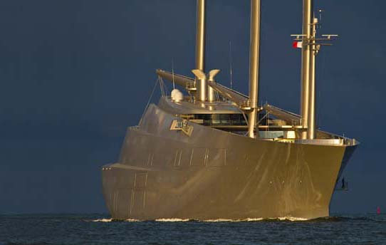 Undaunted – the 42-inch yacht still hoping to become the ...