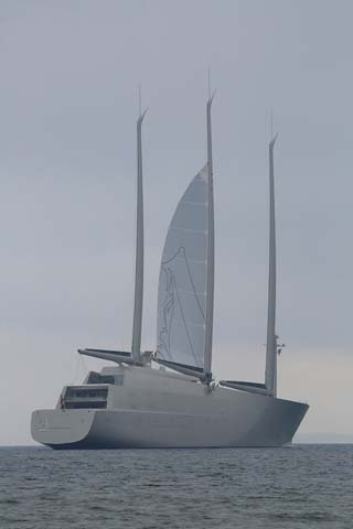 The World S Biggest Yachts What S Behind The Growth Of The Gigayacht