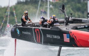 Spithill punches out first America?s Cup win with faster Oracle Team USA ? but will it be enough?