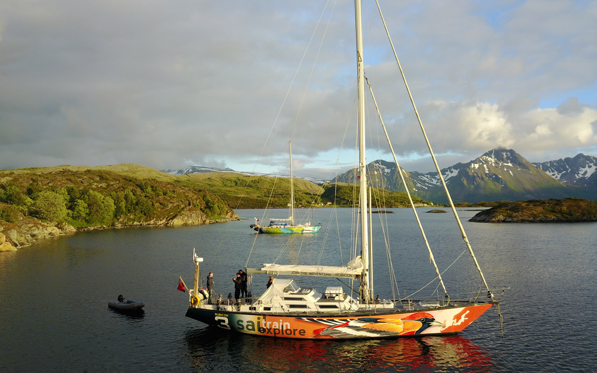 Oriole and Hummingbird Rubicon 3 set up sailing business