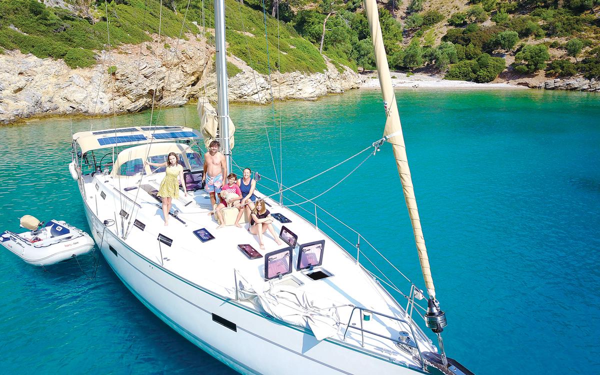 sailing-with-teenagers-nikau-aerial-shot