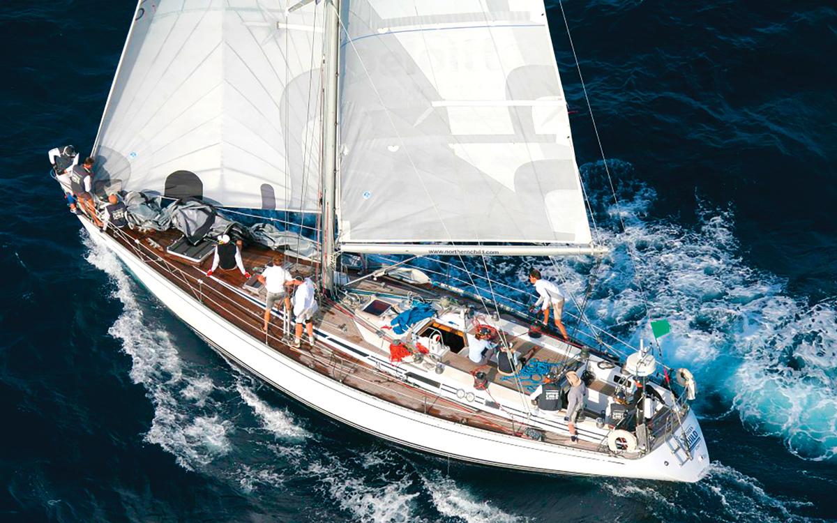 yacht-rental-platforms-borrow-a-boat-swan-51