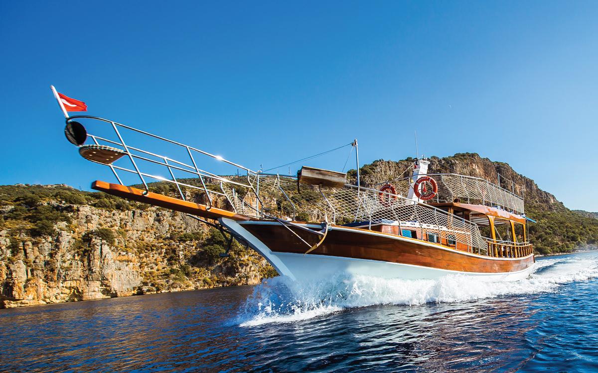 yacht-rental-platforms-borrow-a-boat-turkey