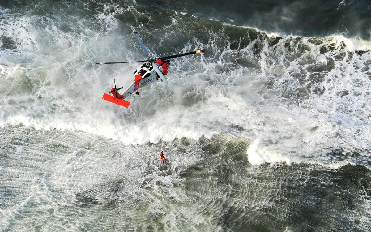 emergency-training-crew-helicopter-rescue-credit-chuck-ferrante-us-coastguard