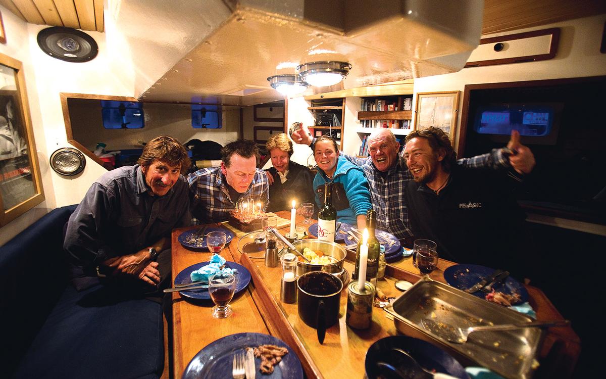 high-latitude-sailing-crew-dinner-pelagio