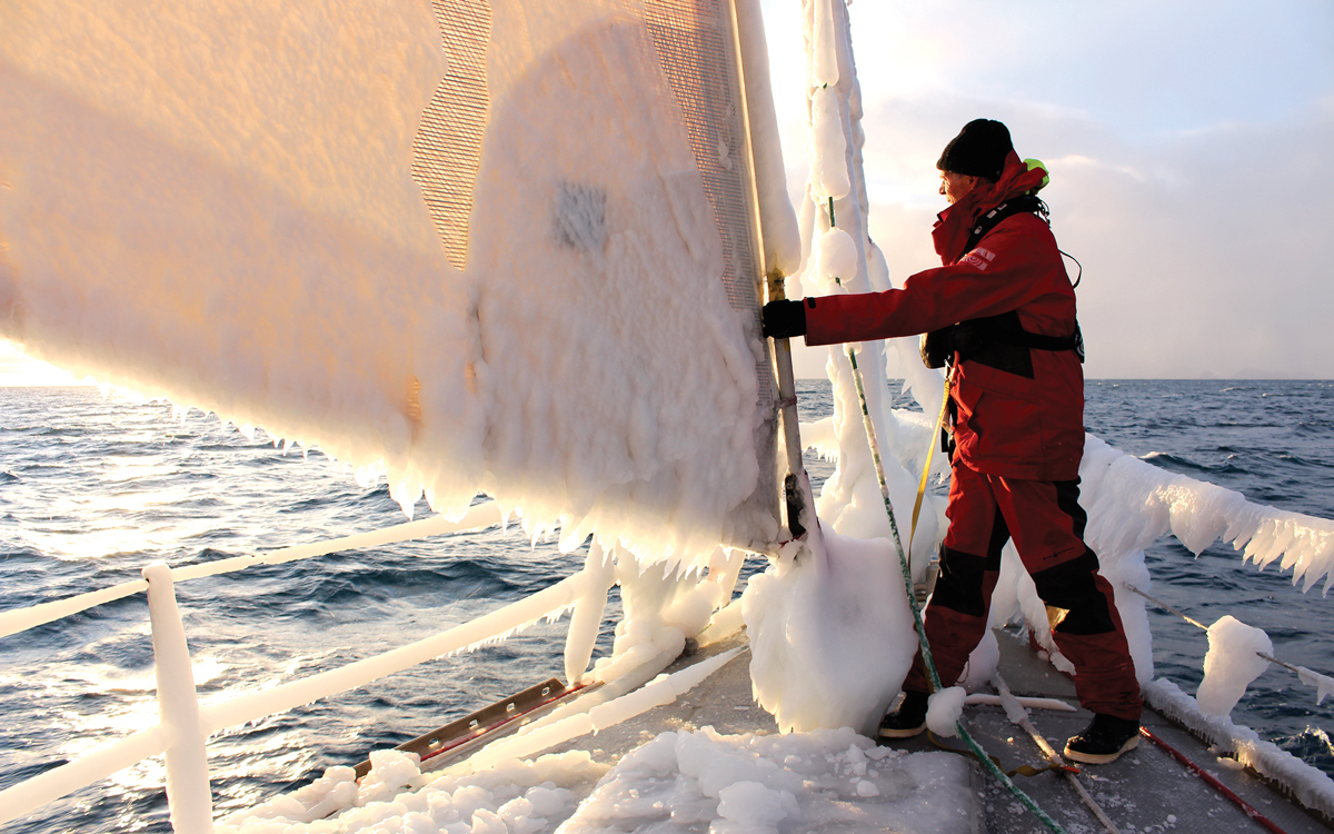 high-latitude-sailing-ice-build-up