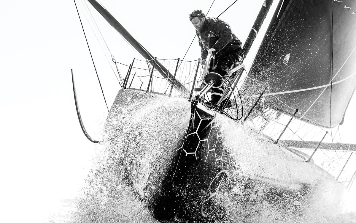 Alex-Thomson-profile-sailing-hugo-boss-bow-credit-lloyd-images