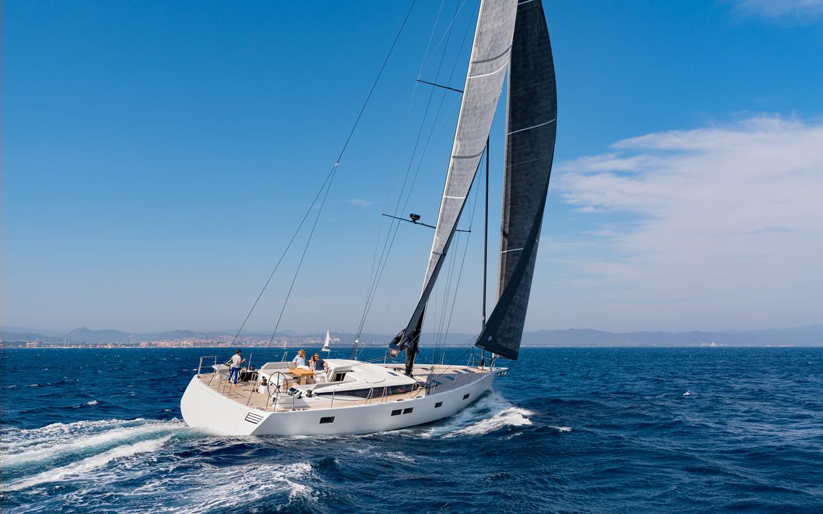 CNB-66-yacht-test-aft-running-shot-credit-nicholas-claris