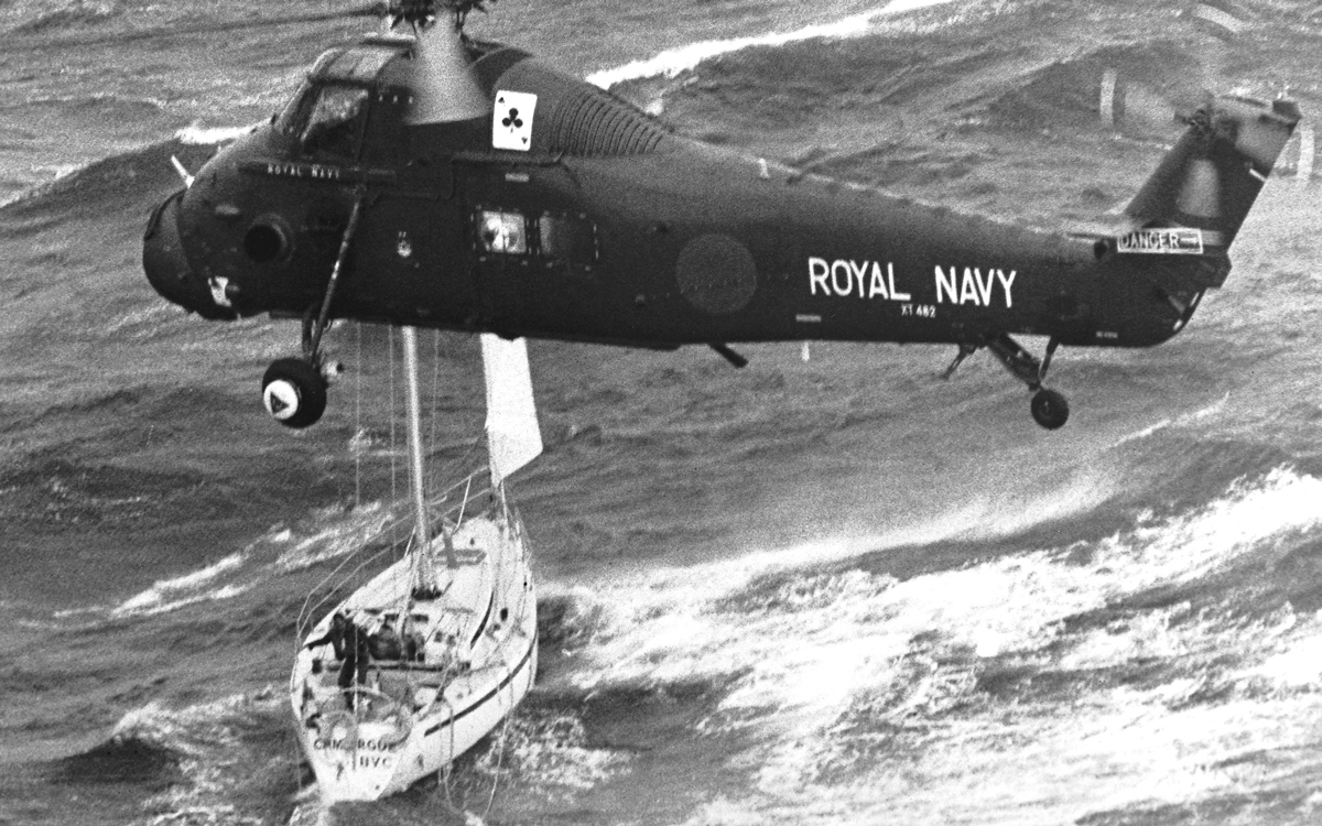 fastnet-race-1979-camargue-helicopter-rescue-credit-ppl-royal-navy