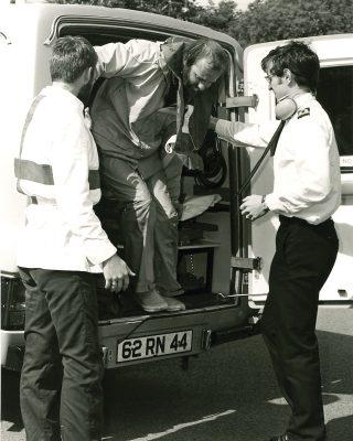 fastnet-race-1979-rnas-culdrose-trophy-crew-ashore-credit-royal-navy