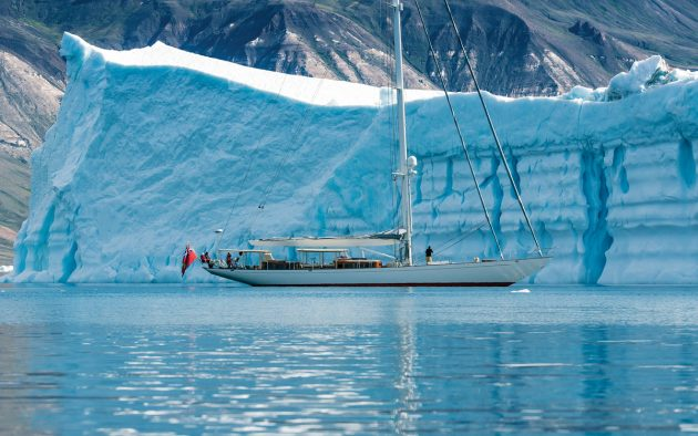 sailing-in-greenland-superyacht-acadia-sullorsuag-strait-credit-onne-van-der-wal