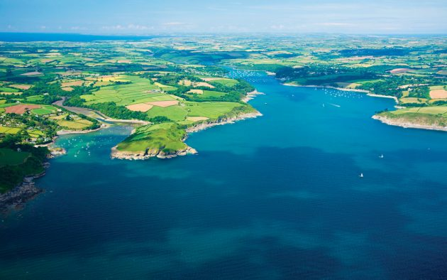 The River Helford in Cornwall is a great spot for a mini sailing adventure. Photo: Peter Baritt / Alamy