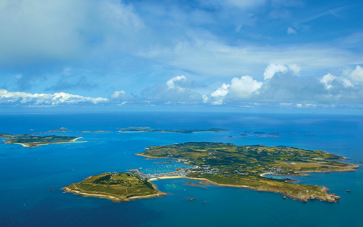 summer-adventures-isles-of-scilly-st-marys-credit-peter-cumberidge