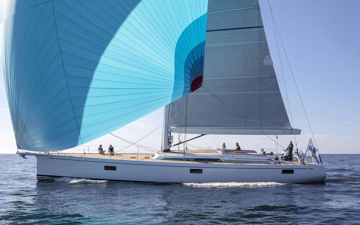 swan-78-yacht-forward-facing-sonar