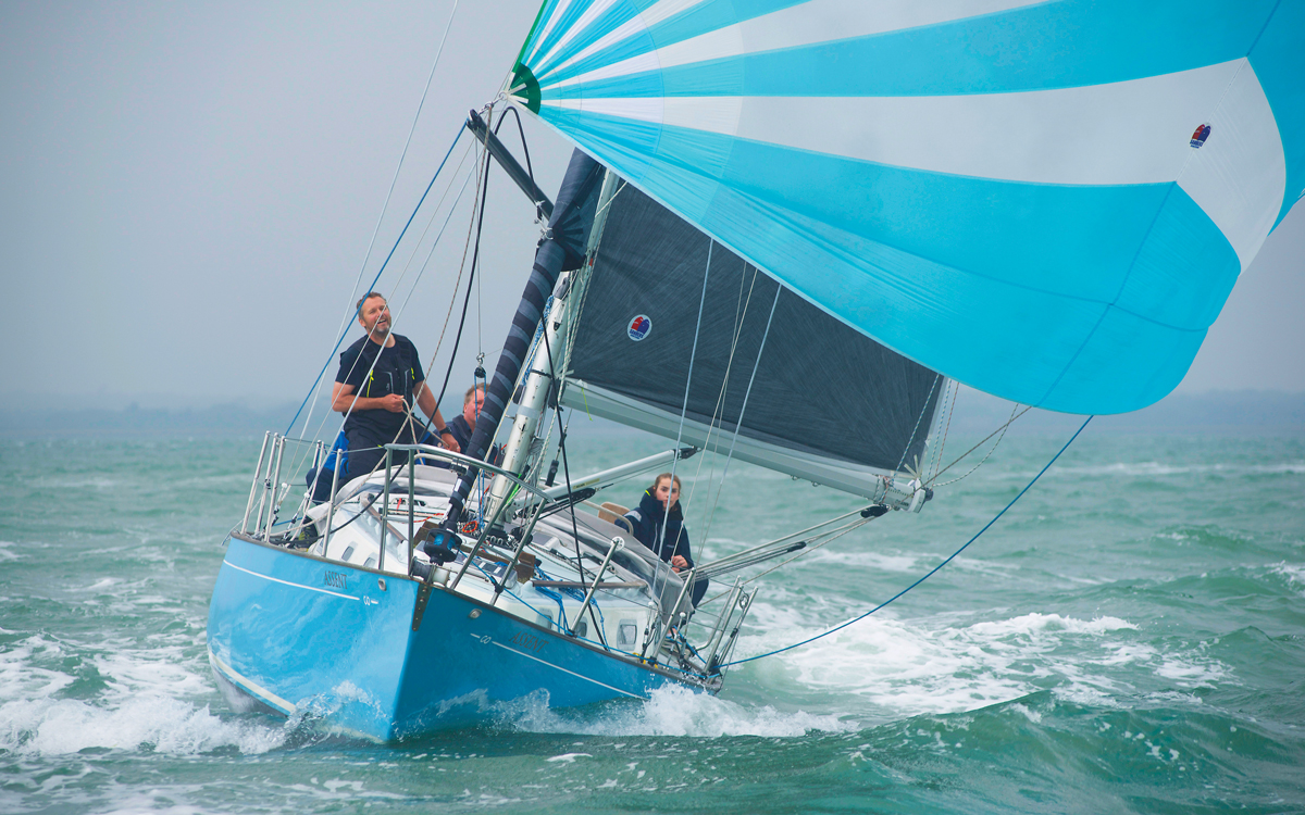 fastnet-1979-survivor-assent-bow-view-spinnaker-credit-nic-compton