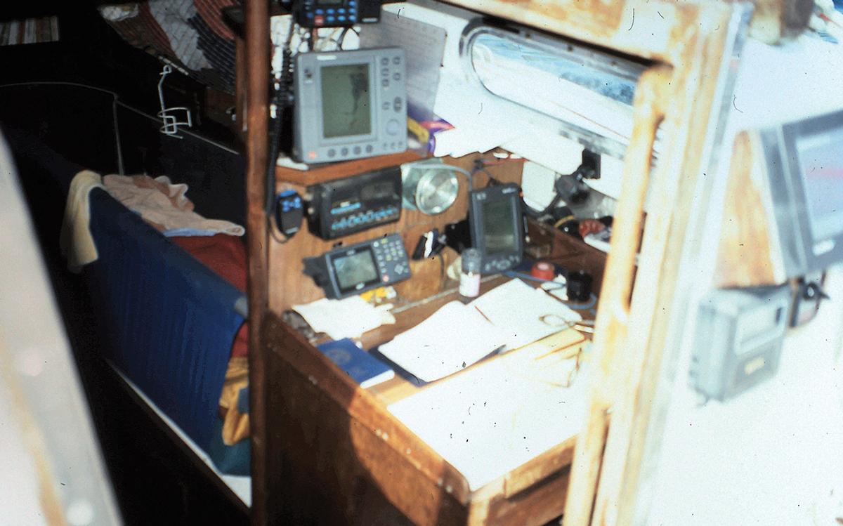 fastnet-1979-survivor-assent-nav-station