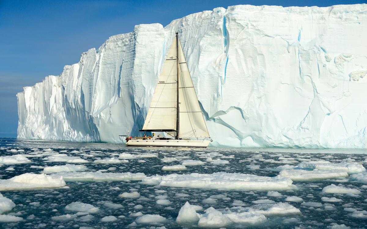 sailing-antarctica-southern-ocean-ross-sea-credit-mariusz-koper
