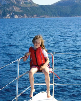 sardinia-charter-catamaran-lagoon-620-guardrails-credit-helen-fretter