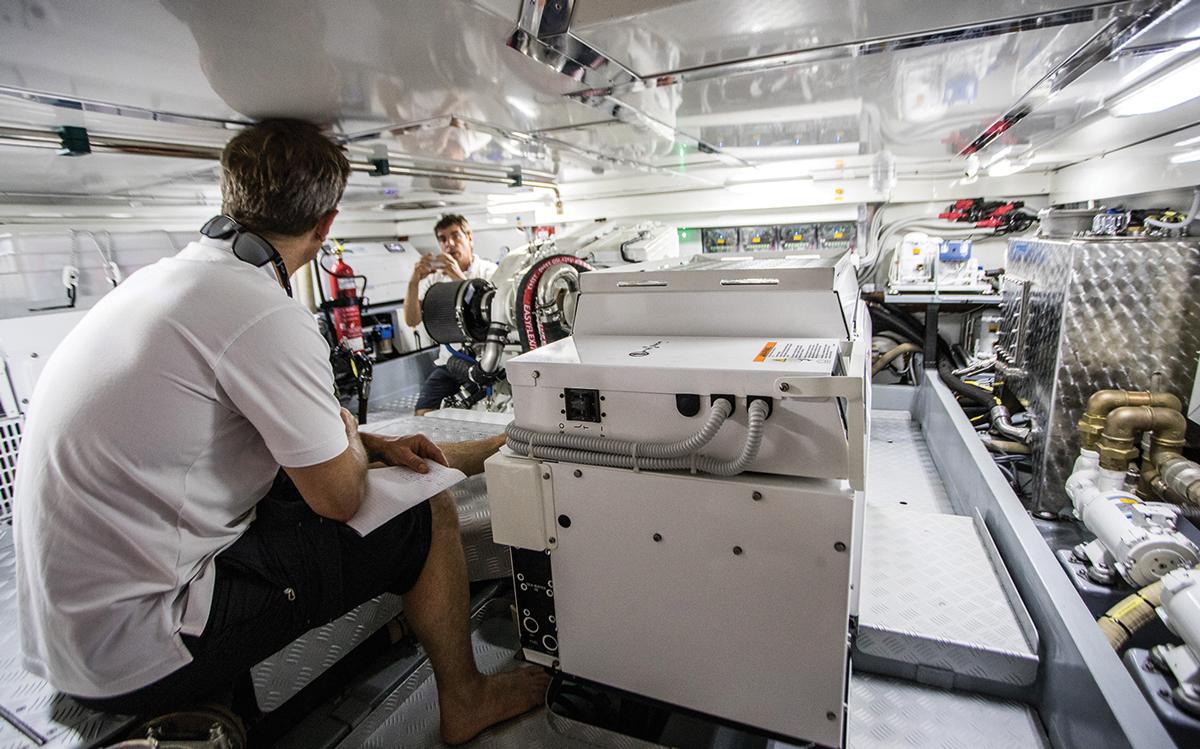 Southern-Wind-105-voile-superyacht-Kiboko-Tres-salle-des-machines-credit-Richard-Langdon