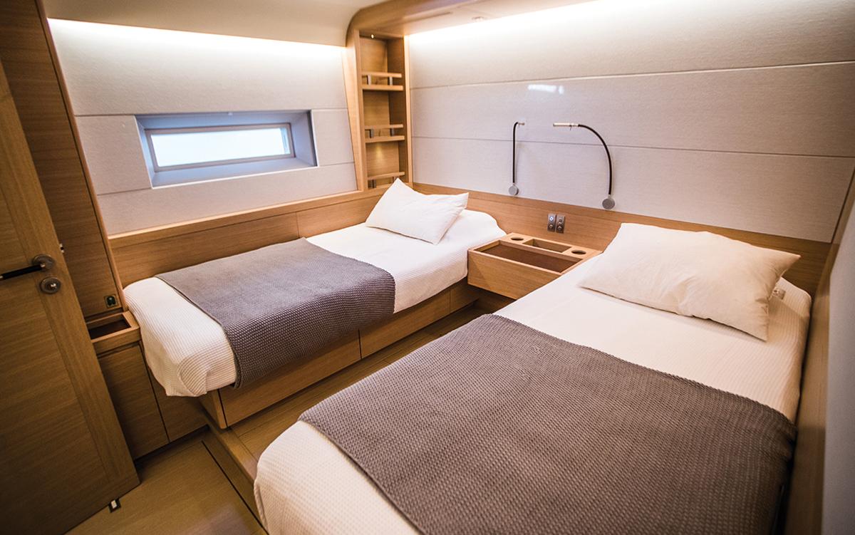 Southern-Wind-105-voile-superyacht-Kiboko-Tres-cabine-invité-crédit-Richard-Langdon