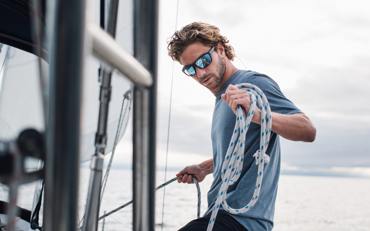 best-christmas-gifts-sailors-Oakley-Split-Shot-Sailing-sunglasses-