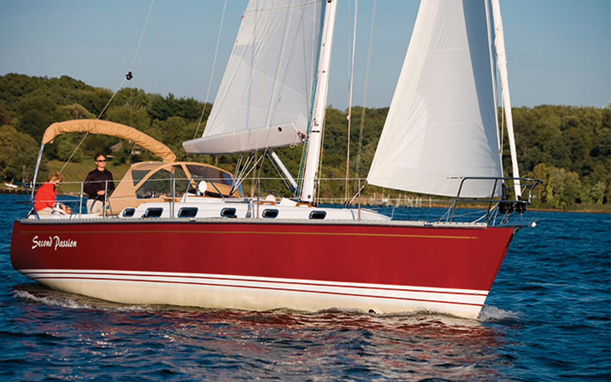 best-ever-bluewater-yachts-Tartan-3700