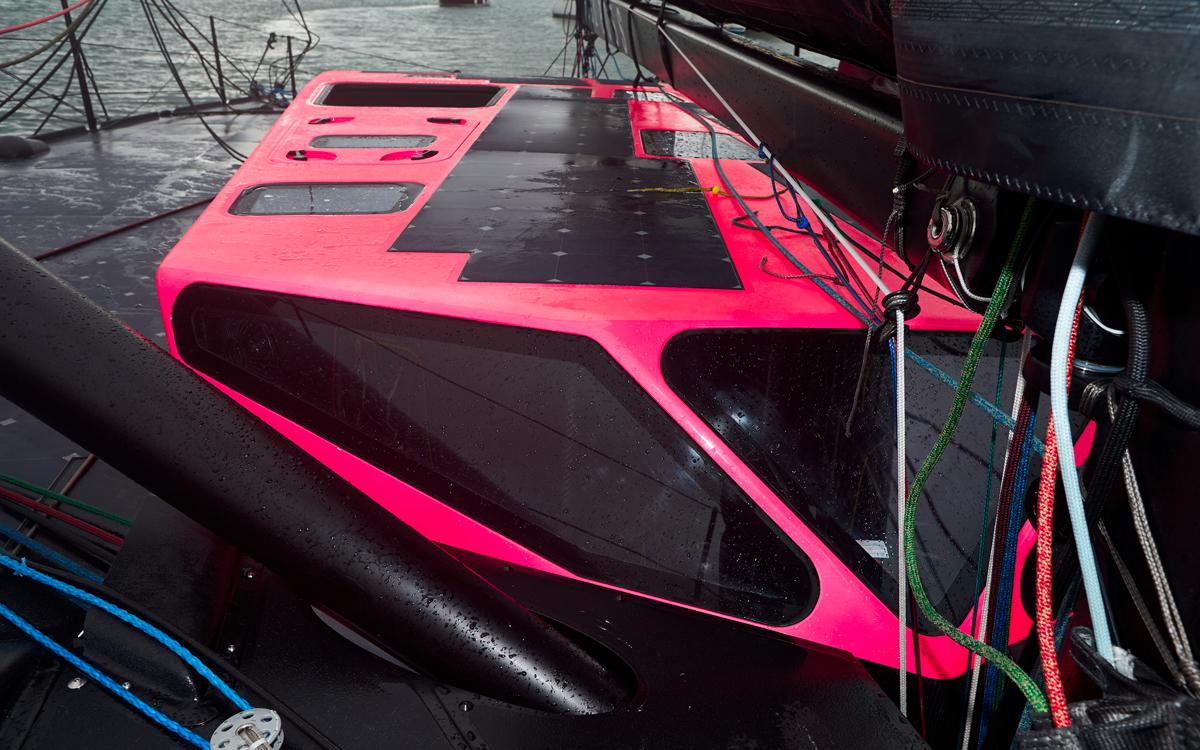 hugo-boss-2019-Alex-thomson-racing-closed-cockpit-hatches