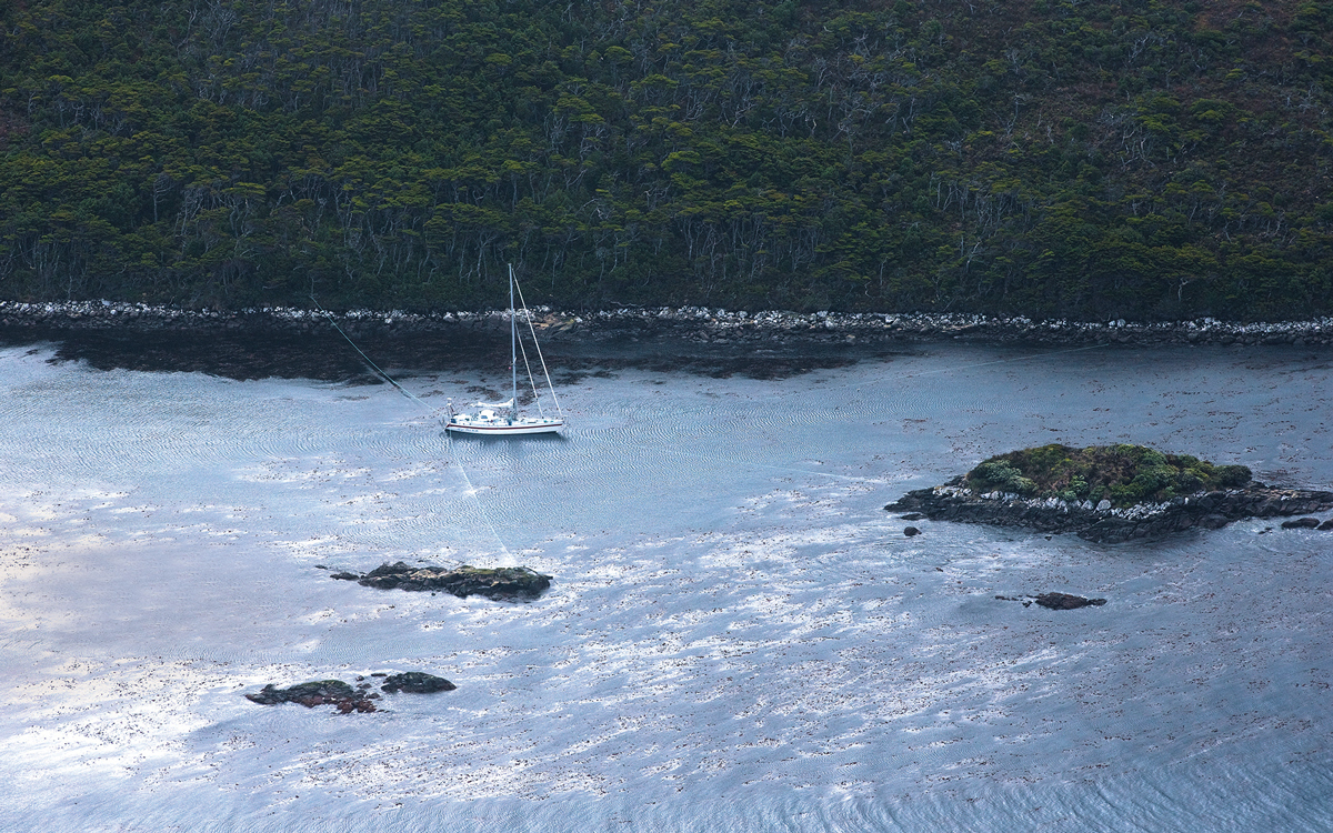 Wild anchoring: How to secure your boat in remote spots
