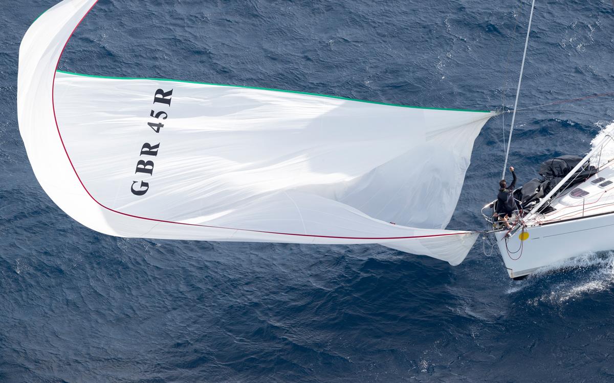 mongrel-drop-pip-hare-masterclass-sailing-tips-credit-gilles-martin-raget