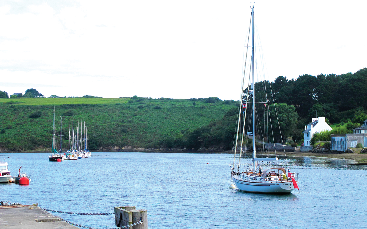 sail-ushant-mason-44-constance-Paluden-mooring-credit-tom-cunliffe