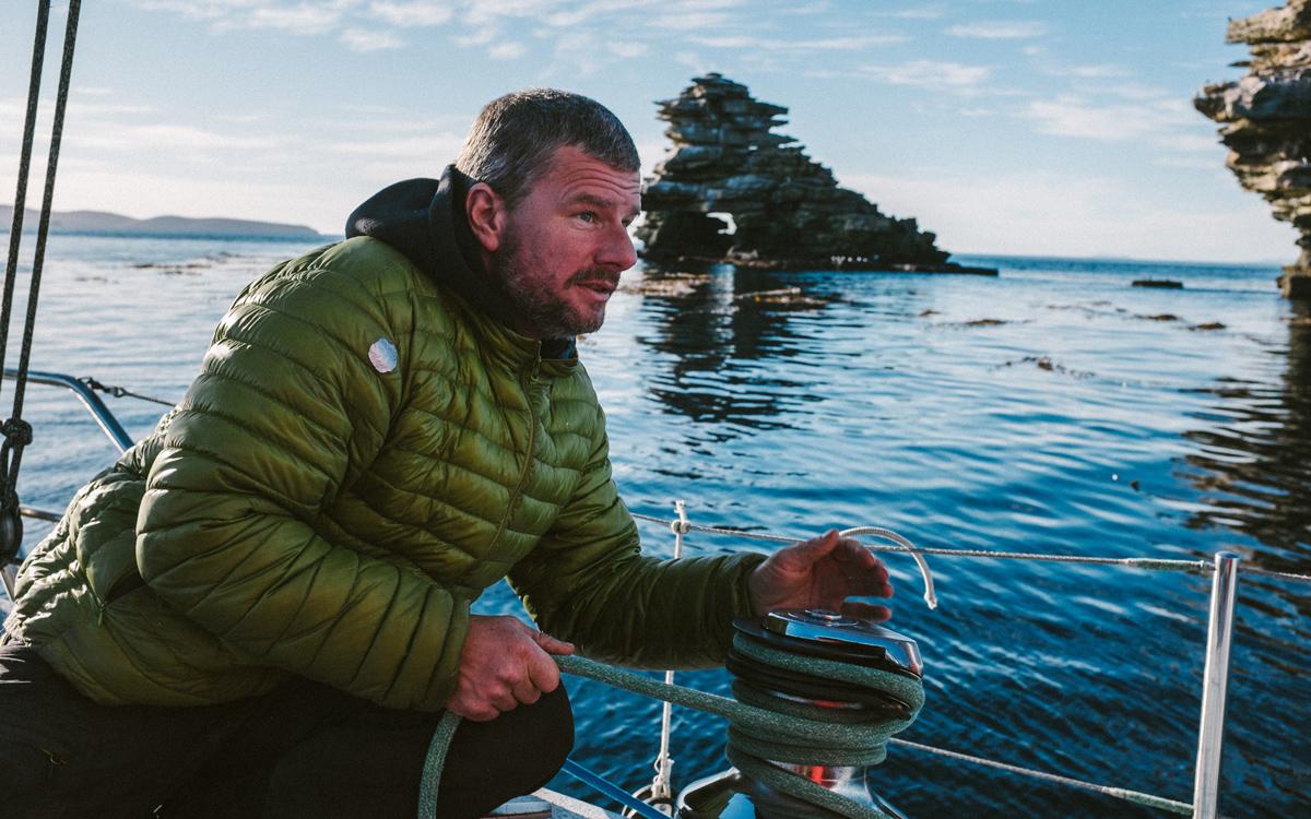 sailing-Falklands-pelagic-delivery-magnus-day-colliers-credit-silvia-varela