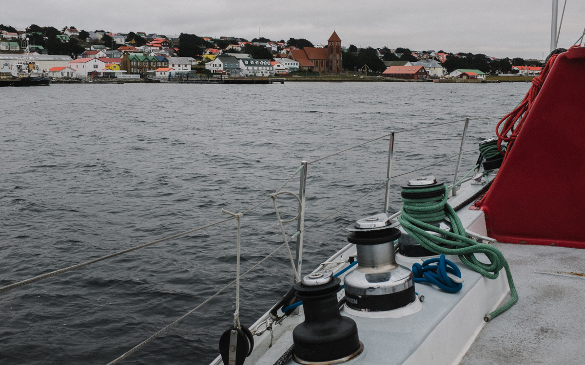 sailing-Falklands-pelagic-delivery-stanley-harbour-credit-silvia-varela