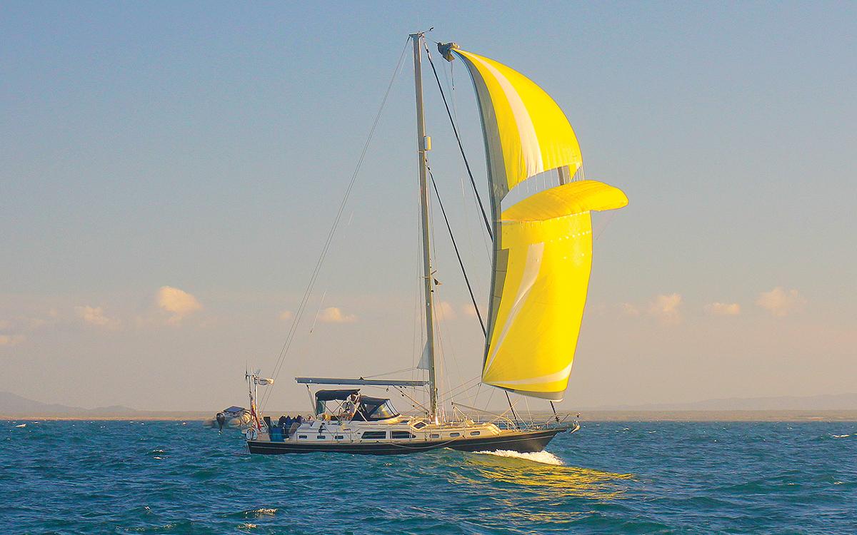 sailing-escape-Island-Packet-465-Seminole-Wind