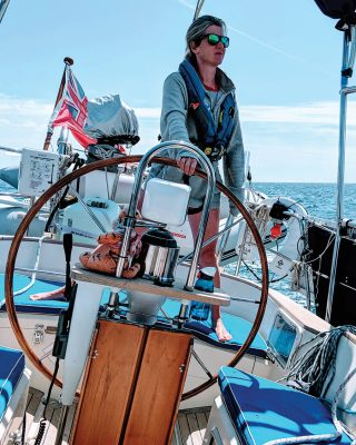 sailing-escape-bowman-40-bella-family-helm