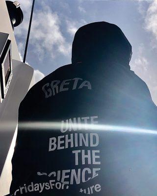 greta-thunberg-atlantic-sailing-la-vagabonde-greta-unite-behind-science-credit-nikki-henderson