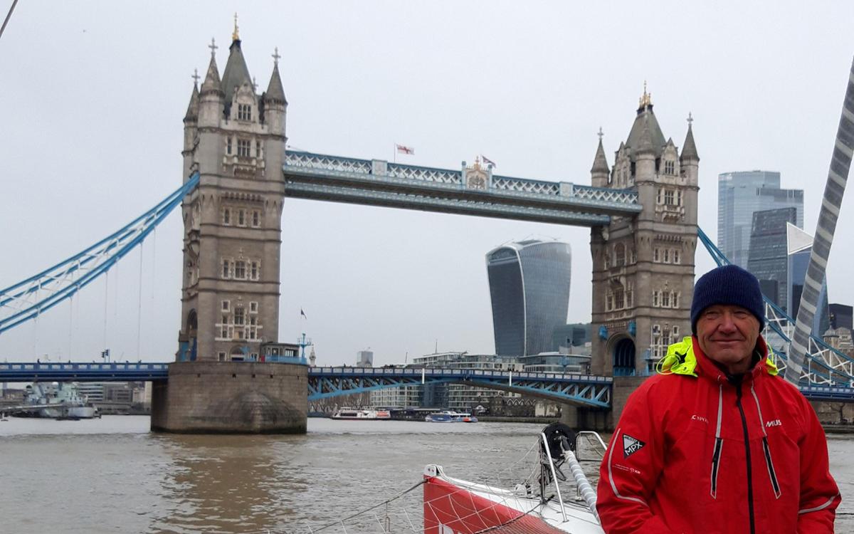 idec-sport-tower-bridge-francis-joyon-clipper-route-world-sailing-record-feb-2020