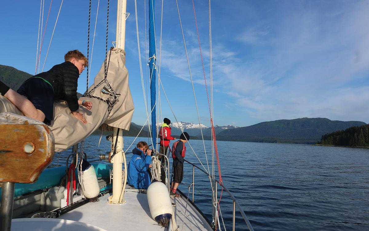 sailing-alaska-tagish-foredeck-credit-jessie-rogers