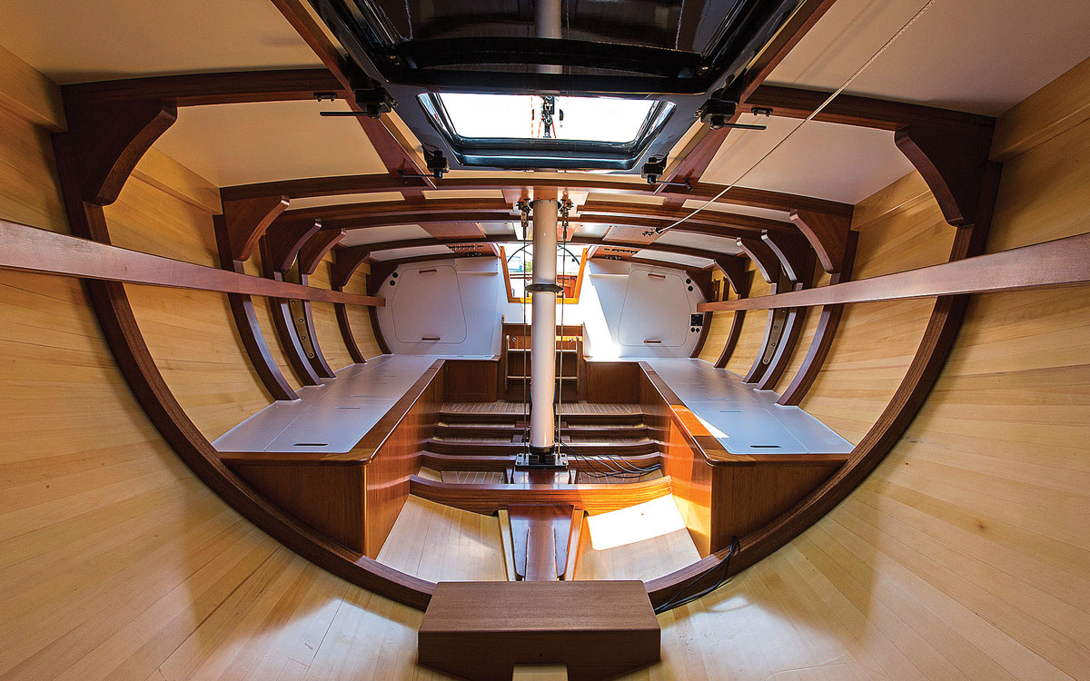 spirit-yachts-history-52d-oui-fling-interior-credit-mike-bowden