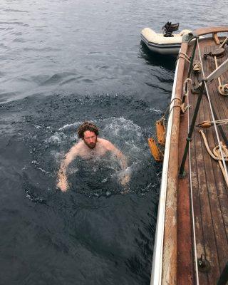 sailing-Jan-Mayen-island-integrity-arctic-swimming