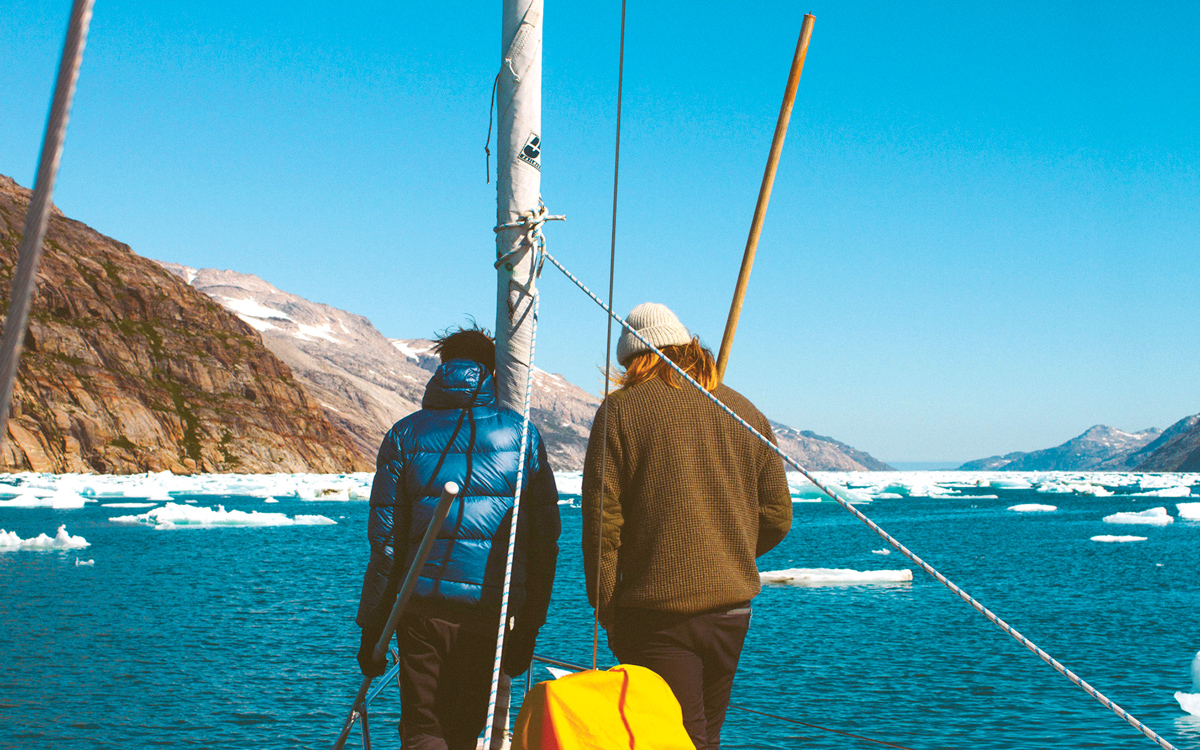 sailing-greenland-ice-poles-credit-Silvia-varela
