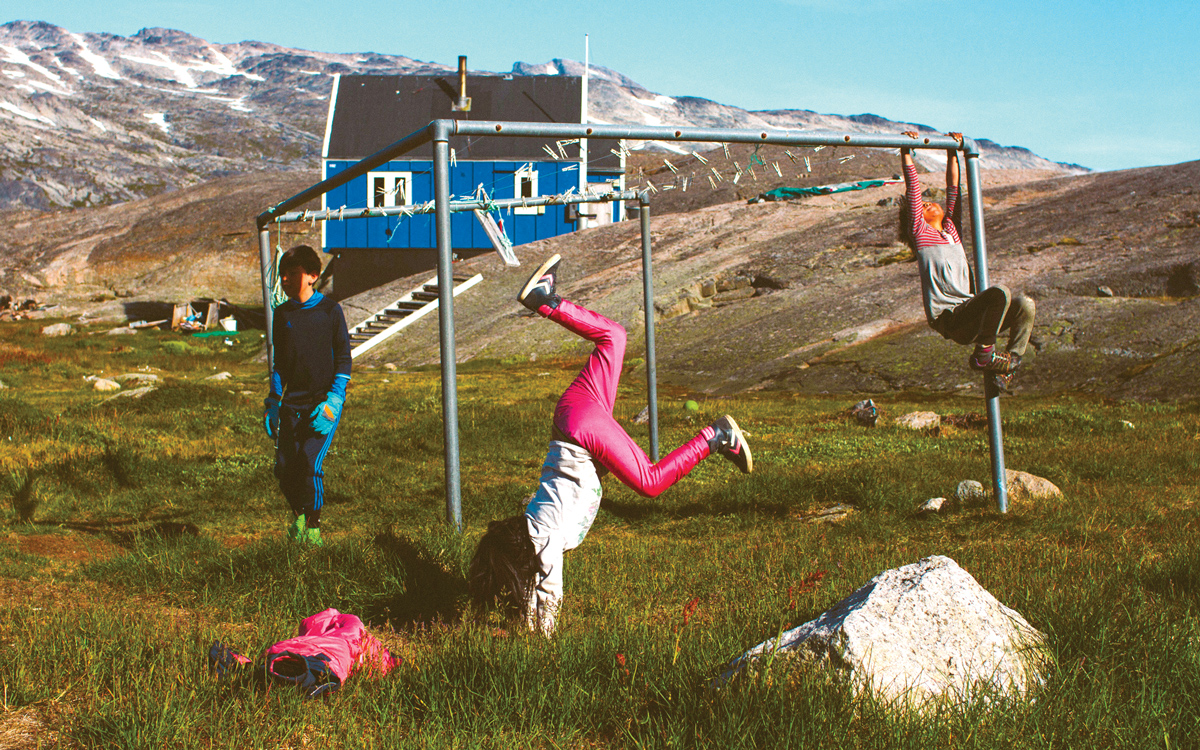 sailing-greenland-local-children-credit-Silvia-varela