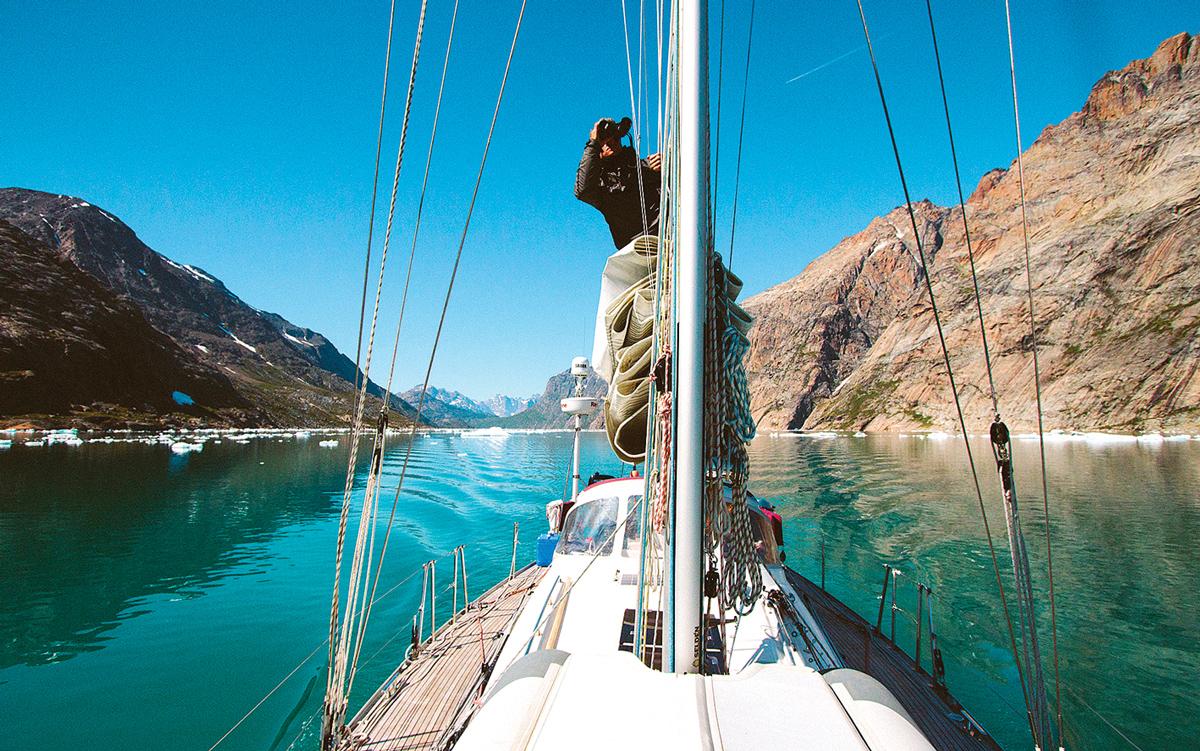 sailing-greenland-lookout-credit-Silvia-varela