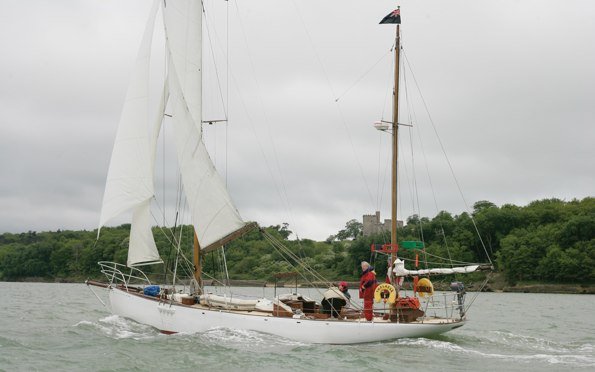 Buster De Guingand on racing classic yacht Thalassa: An extract from The Yachtsman magazine