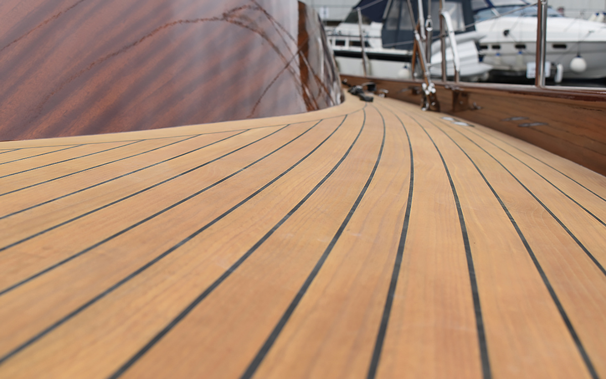 eco-friendly-yacht-upgrades-lignia-decking