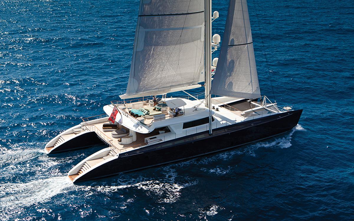 VPLP-Yacht-Design-Marc-Van-Peteghem-profile-hemisphere-catamaran-superyacht