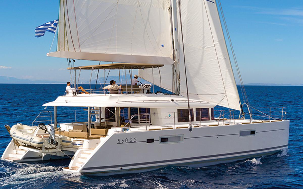 VPLP-Yacht-Design-Marc-Van-Peteghem-profile-lagoon-560-credit-Nicholas-Claris