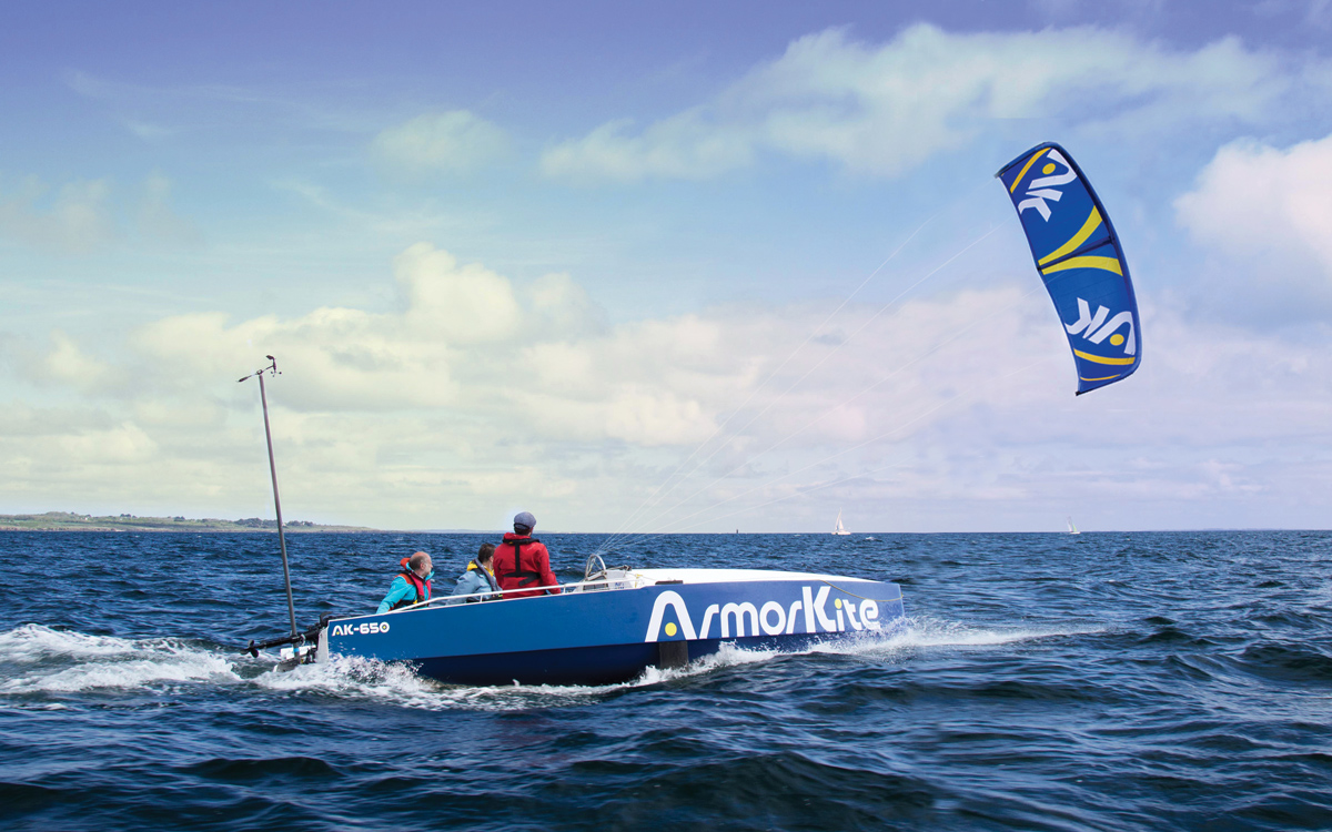 armorkite-650-boat-test-running-shot-credit-Chloe-Dubset