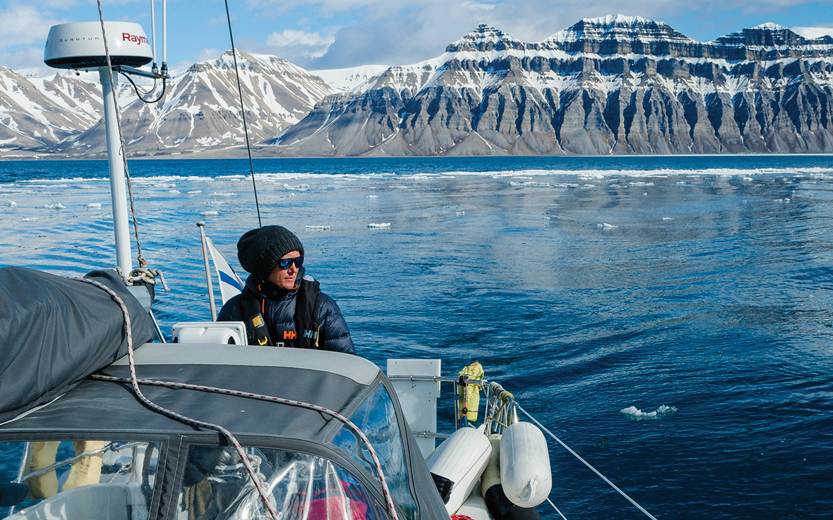 sailing-norway-svalbard-billefjorden-credit-Kuutti-Haapanen